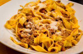 A bolognai polgármester betámadta a bolognai spaghettit