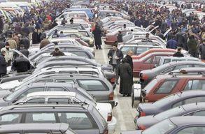 Ha használt autót akarsz venni, akkor elõtte ellenõrizheted azt a RAR honlapján
