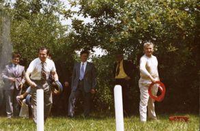 Tudni szeretnéd, mennyire volt egészséges 50 évvel ezelõtt Iliescu vagy Király Károly?