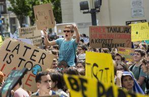 Budapesten is több ezer fiatal csatlakozott a II. Globális klímasztrájkhoz