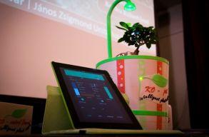 A levegõ páratartalmát hasznosító okoscserepet fejlesztett egy kolozsvári diák