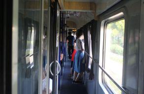 Hogyan éljünk túl egy 11 órás vonatutat Bukarestbe?