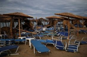 Román áldozatai is vannak a görögországi viharoknak