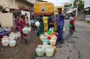 Drasztikus vízhiány India egyik nagyvárosában