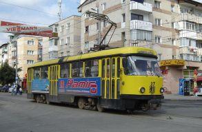 Fél órán belül háromszor esett ki egy villamos kereke Botoșani-ban