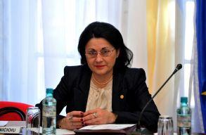 A tanügyminiszter azt szeretné, hogy alacsony átlaggal ne lehessen bejutni líceumokba