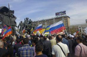 Százezer embert várnak a jövõ heti moszkvai tüntetésre