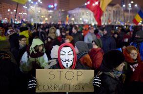 Vasárnap óta Románia védelmezi a demokráciák értékeit