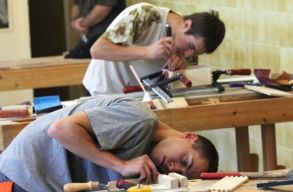Több tucat magyar iskolát érintett volna idén a középiskolába bejutást szigorító rendelet