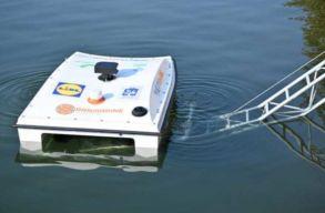 Premier Romániában: hamarosan drónnal gyûjtik össze a szemetet a Dunából