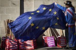 Megvolt a szavazás, halasztódik a Brexit