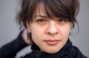 """""""Leviszem magam a mélypontra, hogy onnan merítsem a lendületet."""" Színészportrék: Korodi Janka"""