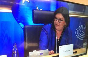 A román európai biztos jelölt nem zárta ki a kerozinadó bevezetését