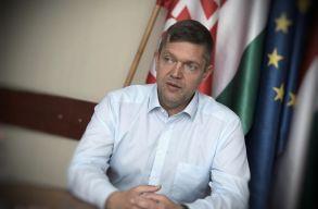 Nekiment az MSZP a PSD-nek a Trianon-törvény miatt