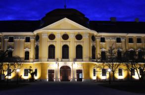 Befejezõdött a nagyváradi püspöki palota külsõ felújítása