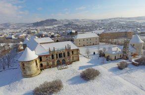 300 millió forintból menthetik meg a bonchidai Bánffy-kastélyt