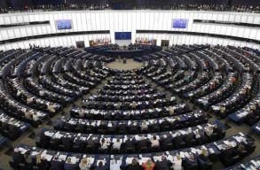 Megszavazták az EP-ben a hetes cikkelyes eljárás folytatást Magyarország és Lengyelország ellen