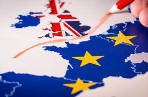 Aláírta a királynõ: életbe lépett a brit EU-tagság megszûnésérõl szóló megállapodás