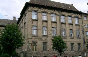 Szolidaritását fejezte ki a BBTE Magyar Irodalomtudományi Intézete a NAT-ot bíráló tanárokkal