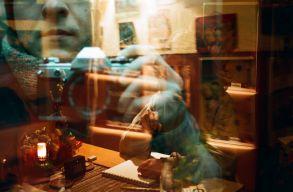 Egy perc szünet a digitalizmusból: ismét népszerû az analóg fotózás