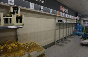 Koronavírus: elkezdték felvásárolni a tartós élelmiszereket egyes szatmárnémeti üzletekbõl