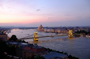 Egy percre megáll az élet június 4-én Budapesten