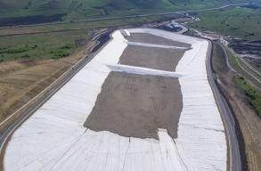 Környezetvédelmi õrség: nem vihetnek több szemetet a Kolozs megyei új hulladékkezelõ központba