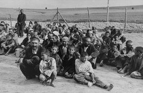 Hivatalos emléknap lett a roma holokauszt napja, a Samudaripe