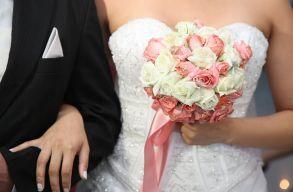 Fiktív házasságért indult 11 romániai nõ Ciprusra, de már a reptéren lebuktak