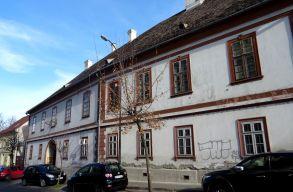 A református egyház és az önkormányzat közötti ingatlancsere miatt van most vita Marosvásárhelyen
