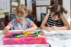 Tervezet: Kapjanak szabadnapot a szülõk, amennyiben a járvány miatt nem vihetik iskolába gyermeküket
