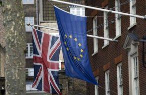 Elfogadta a brit alsóház a Brexitet átíró törvényjavaslatot