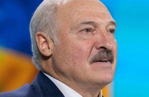 Bebörtönzött ellenzékieket látogatott meg a fogdában Lukasenka