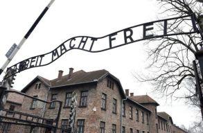 Letiltja a Facebook a holokauszttagadó tartalmakat