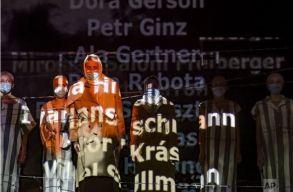 A holokauszt-túlélõ nagyváradi Harsányi Zimra naplóját vitte színre a bukaresti zsidó színház