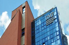 Egyestemisták és iskolai orvosok segítenek Kolozsváron a járvány elleni küzdelemben