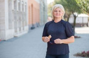 A tanügybe tér vissza Sztakics Éva-Judit, Sepsiszentgyörgy leköszönõ alpolgármestere