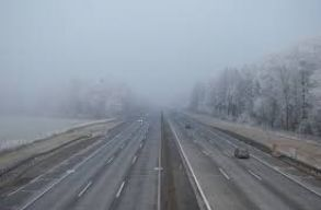 Sûrû a köd hétfõ reggel, riasztás van érvényben
