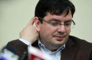 Felfüggesztették a volt egészségügyi miniszter mentelmi jogát, vádat fog emelni ellene a DNA