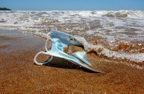 Rengeteg maszk szennyezheti majd az óceánokat, amelyek 450 év alatt bomlanak le