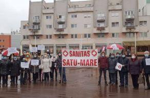 Országszerte sztrájkoltak az egészségügyi és a szociális dolgozók