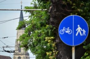 �sszef�gg� kolozsv�ri bicikli�t-h�l�zat: van is, meg nincs is
