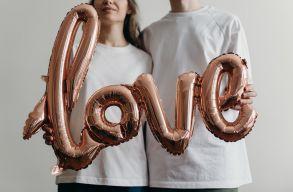 Mennyit tart a szerelem? A nõknél 8,9 évet, a férfiaknál pár hónappal többet
