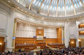 Románia is annyit fizet a képviselõknek és szenátoroknak, mint Franciaország, Anglia vagy Németország