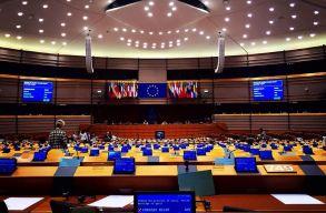 Eldöntötte az RMDSZ: nem követik a Fideszt a Néppártból kifele vezetõ úton