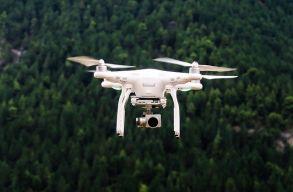 A Környezetvédelmi Õrség drónokat vásárolna, hogy megelõzze az tüzesetek miatti légszennyezést