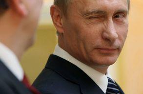 Putyin aláírta a törvényt, amely lehetõvé teszi az újraválaszthatóságát
