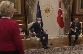 Török vendéglátás: Ursula von der Leyennek nem jutott szék az Erdogannal való találkozón