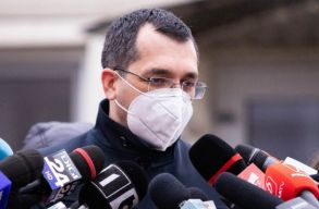 Frissítve: a kormányfõ bejelentette, felmenti miniszteri tisztségébõl Vlad Voiculescut