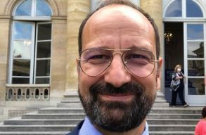 Egy 30 éve Franciaországban élõ orvost nevesítenének az egészségügyi tárca élére. Kicsoda Radu Lupescu?